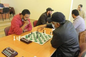30 مشاركا في دوري المعاريف للشطرنج