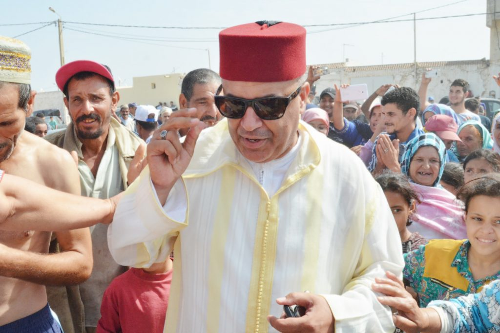"""""""الظهرة"""" يدير ظهره لرئيس جماعة الغنادرة ويطرده من عرس عائلي"""
