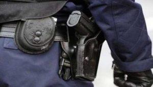 أكادير.. استرجاع وحجز السلاح الوظيفي الخاص بشرطي كان ضحية سرقة تحت التهديد بالعنف