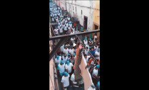 التجمعي بودريقة يهدد منطقة مرس السلطان بمسيرة وبائية(فيديو)